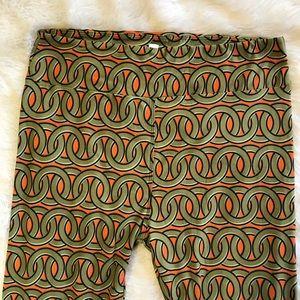 LuLaRoe Tall Curvy Leggings Green Orange Circles